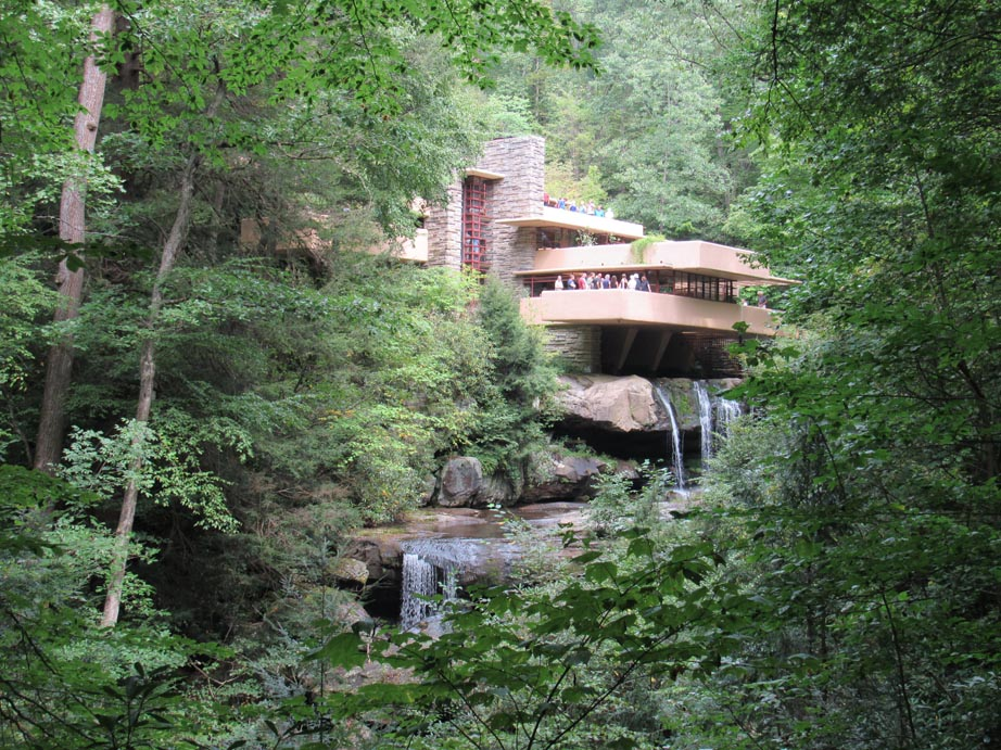The classic photograph of Fallingwater