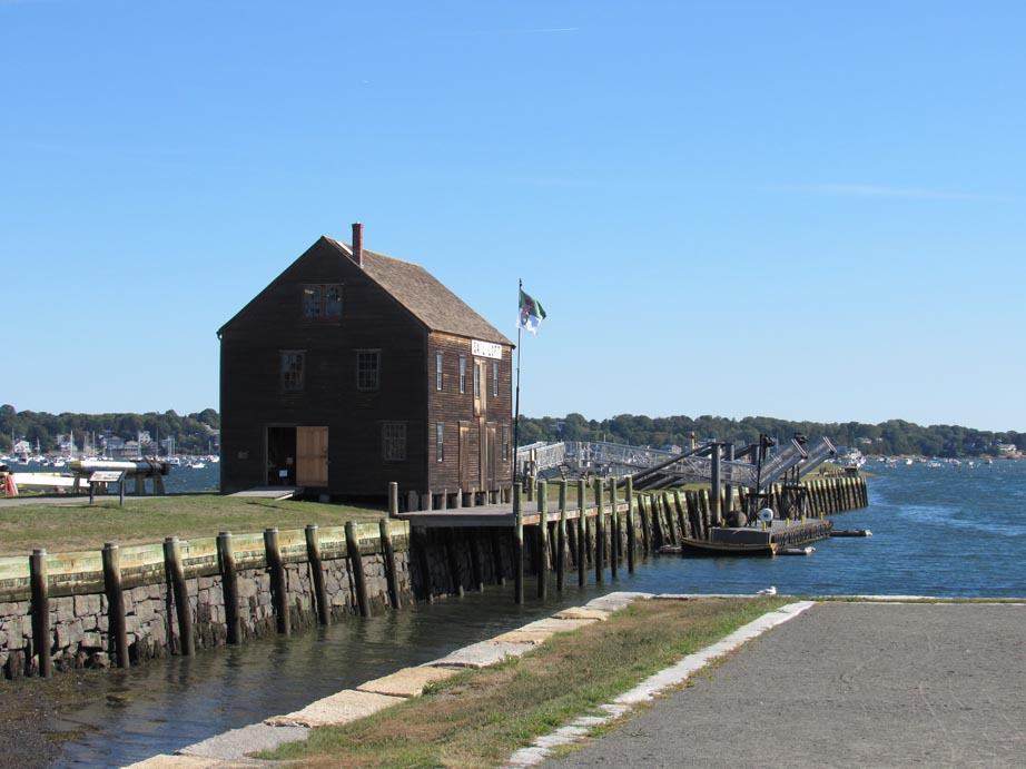 This is the last of many building that used to cover the wharf. It was one of the busiest port in America during colonial times.