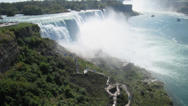 Those are the stairs we climbed after the Maid of the Mist.