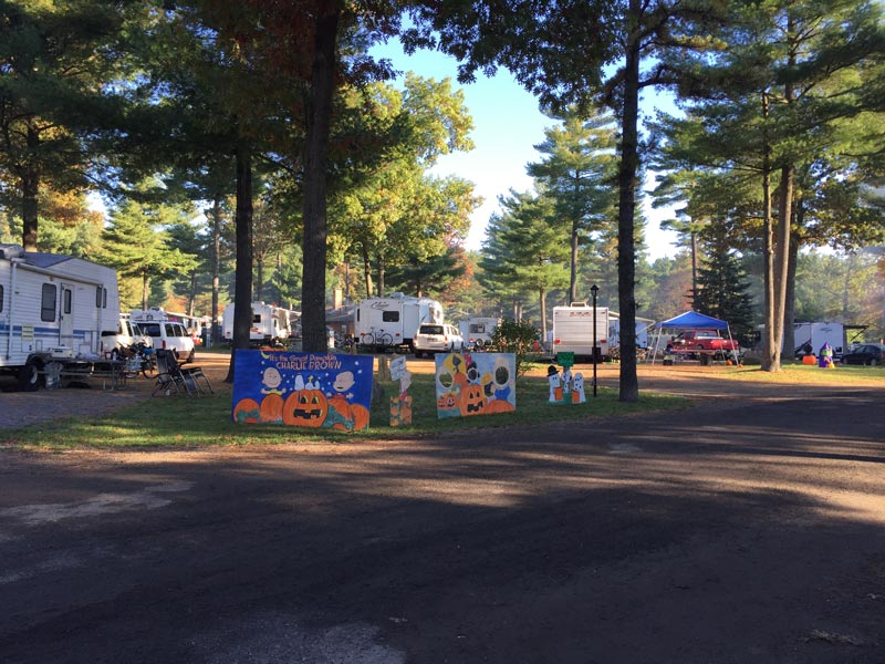 People really got into Halloween decorations at the campground. It made the place very festive.