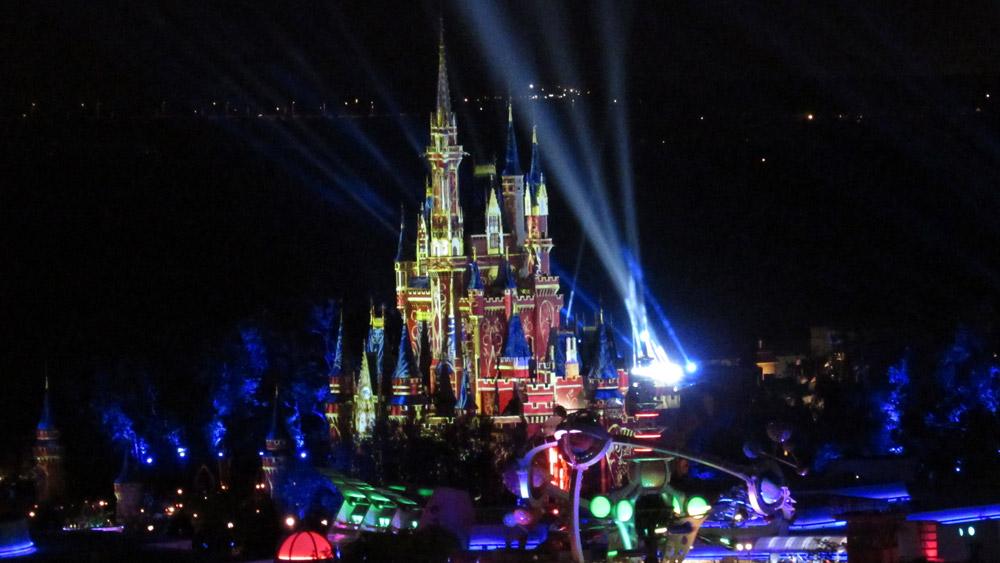 Nighttime fireworks at Magic Kingdom.