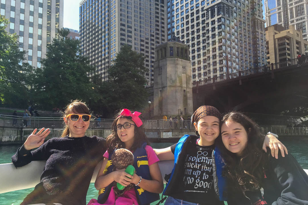 Family boat trip down the Chicago River
